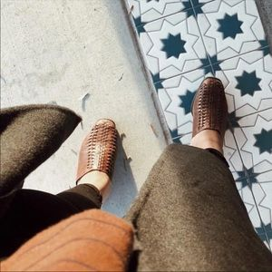 Brown leather vintage mules slides